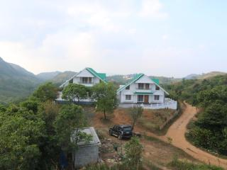 AVE MEADOWS VAGAMON -YOUR NEST IN HEAVEN'S CRADLE -NEW THREE BED ROOM VILLAS