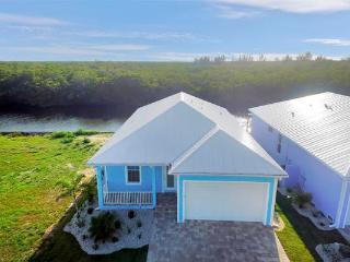 Casa di Peche, Key West Style 3/2 Gulf Acc Home, Saint James City