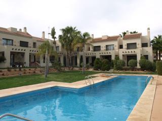 Gorgeous Townhouse Poolside Roda Golf