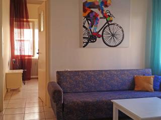 I2 Spacious 60sqm 2 bedroom  city center apt, Chania Town