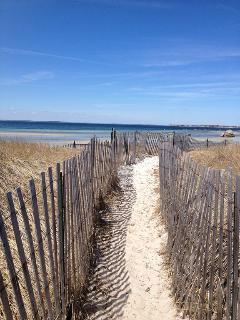 Path to Little Island Beach