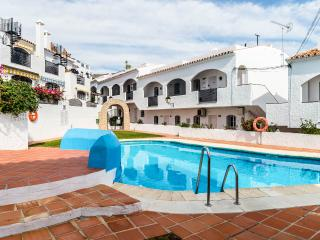 Verano Azul complex Nerja.Sleeps 4 burriana beach