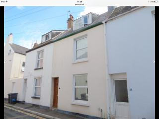 Cosy 2 bedroom terraced house, Exmouth
