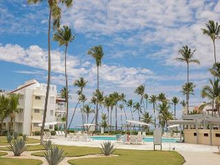 Playa Turquesa D101 - BeachFront,  Inquire About Discount Promo Code