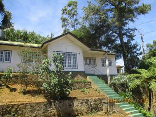 Lake Crown Holiday Home, Nuwara Eliya