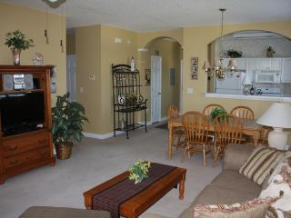 Ironwood - Well Kept Corner Unit, very clean, North Myrtle Beach