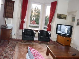 Newington  holiday apartment for large family or group