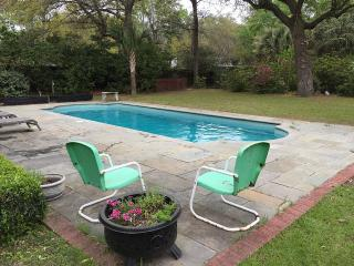 House for rent with pool -- close to downtown, Charleston