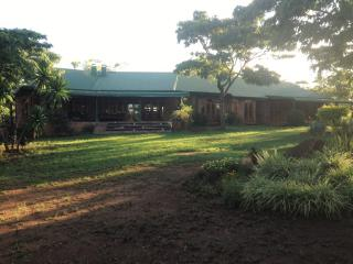 31Kingfisher! Brilliant,Relaxed,Tranquil Get-away!, Harare