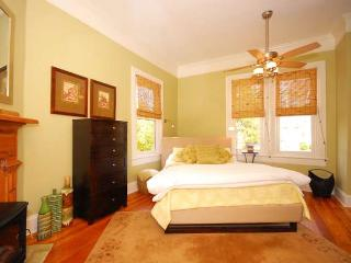 Walk to Downtown!  All Amenities You Need!, Asheville