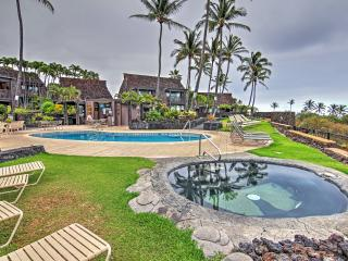 Peaceful Studio on Golf Course! Ka'u Condo w/Private Lanai & Condo Community