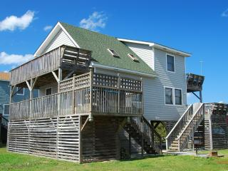 Compass Rose, 3 Bedroom w/ Hot Tub, Pet Friendly, Kill Devil Hills