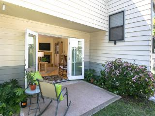 Downtown Bright 2 Bed Bungalow in San Luis Obispo