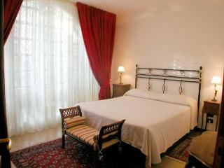 First Floor apartment for 4 pax (near San Marco), Venise