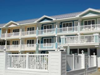 Beautiful Condo two Blocks from beach views decks