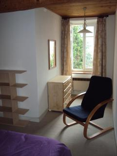 Alcove to upper double bedroom with fitted wardrobe & dressing table. Rear location. Great view!