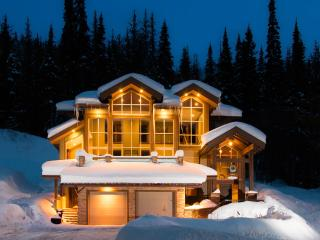 Mountain View Paradise (MVP) Family Chalet, Sun Peaks