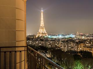 Stunning Eiffel Tower view, Paris