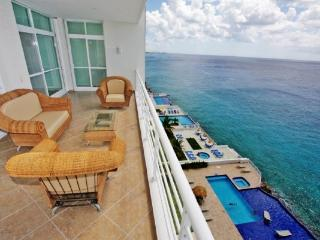 beachfront condo in the mexican caribbean