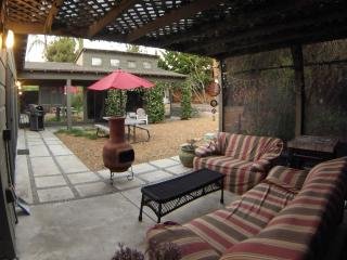 La Jolla Summer home 2 bedroom/1 bath pet friendly