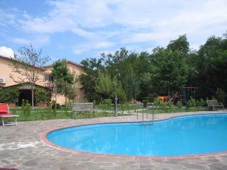 Residence con piscina a 2 km dal mare, Marina di Ascea