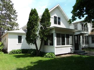5 Bedroom Home Close to Downtown, Winona