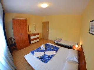 TH02862 Apartments Jasna / Two Bedrooms A3, Rab Island