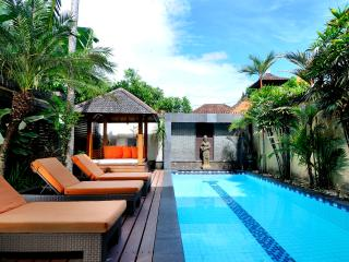 Central Legian Beach, Spacious 4 bed, Villa Mimpi: managed by Cool Bali Villas