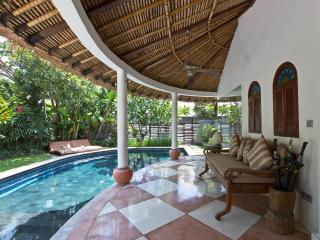 4 Bedroom Villa in Quite area Close to Seminyak