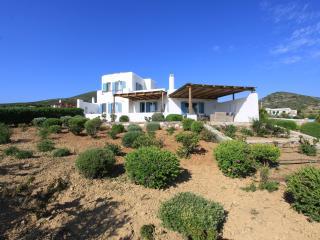 Villa Potis, Antiparos