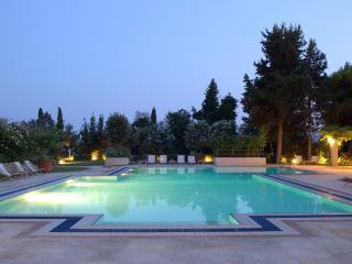 Villa Alexos