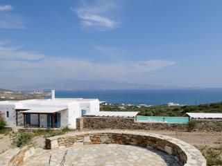 Villa Pirus, Antiparos