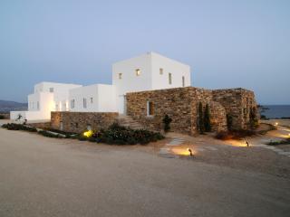 Villa Sarkis