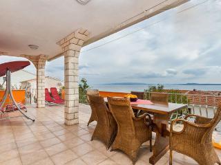 Luxurious ap. with a beautiful islands seaview, Okrug Gornji