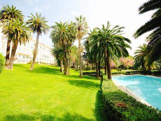 EDEN 1BR-pool&garden&tennis by KlabHouse