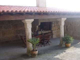 Nice house with garden in the beach, Reboredo