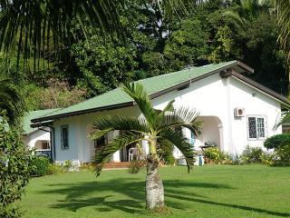 villa rentals on the east coast of mahè, Au Cap