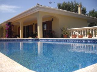 Villa Bouganvilla, Magaluf / Cala Vinyes