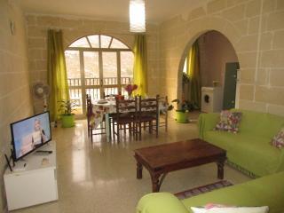 Tuna Appartement, Xlendi