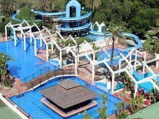 Piscinas y parque acuatico
