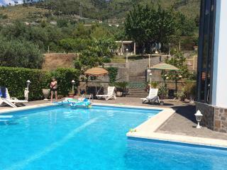 B&B Villa Adriana Matrimoniale con angolo cottura, Praia A Mare