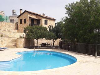 Sermar Villa with Pool & Wi-Fi, Episkopi