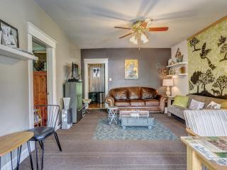 Quirky, Comfy Home Away from Home, Nashville