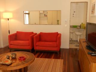 Apartamento Perto Praia do Leblon , com 3 quartos