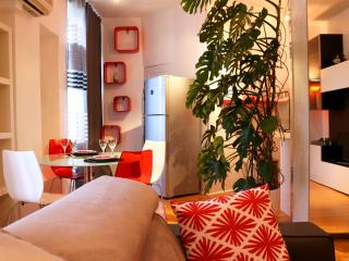 Annecy Hibiscus Apartments - NOUVEAU!!!