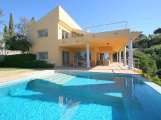 Modern Andalusian style villa - Elviria Marbella