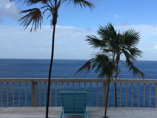 Funky-Cliffside-Private Cottage sleeps 2 - 8, Charlotte Amalie