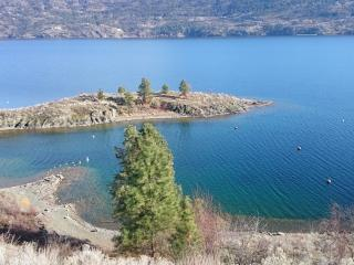 Idyll by the lake, West Kelowna