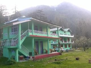 Greenhouse Homestay, Kasol