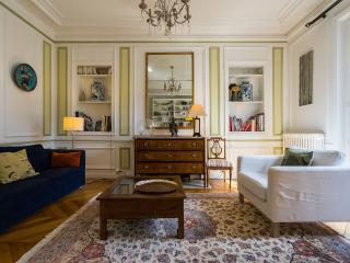 Elegant and Parisian flat, Quartier Latin